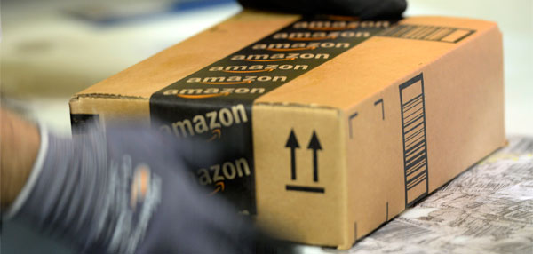 Amazon inicia venda de livros no Brasil.