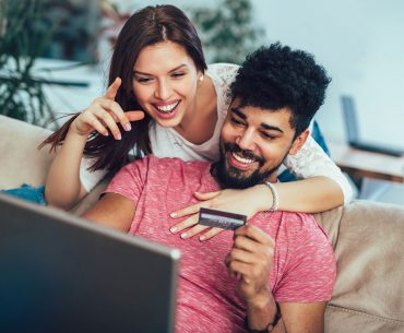 Consumidor brasileiro prioriza tempo e gasto de energia quando o assunto é comprar online