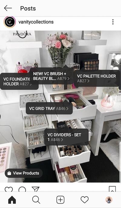 A Vanity Collections marcou cinco itens à venda.